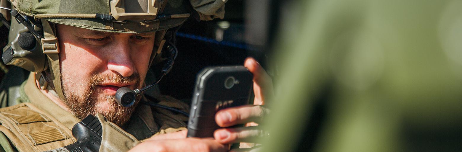 Soldat og teknologi_foto fra Forsvaret