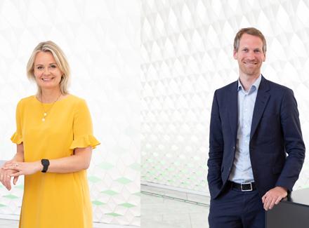 Ingjerd Blekeli Spiten, konserndirektør for DNB Personmarked, og Torbjørn Folgerø, direktør for digitalisering i Equinor.